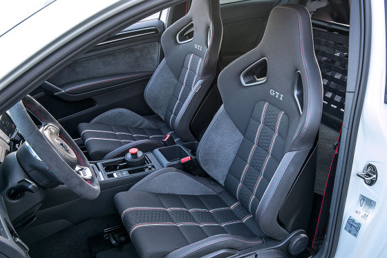 vw golf gti clubsport s nordschleife 2016 im test. Black Bedroom Furniture Sets. Home Design Ideas