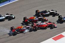 Kvyat schie�t Vettel ab