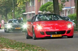 Video: Supercar-Parade in den Niederlanden