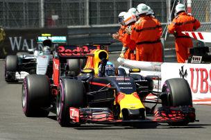 Formel 1: Ricciardo holt Monaco-Pole