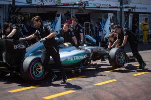 Formel 1: Defektserie bei Mercedes