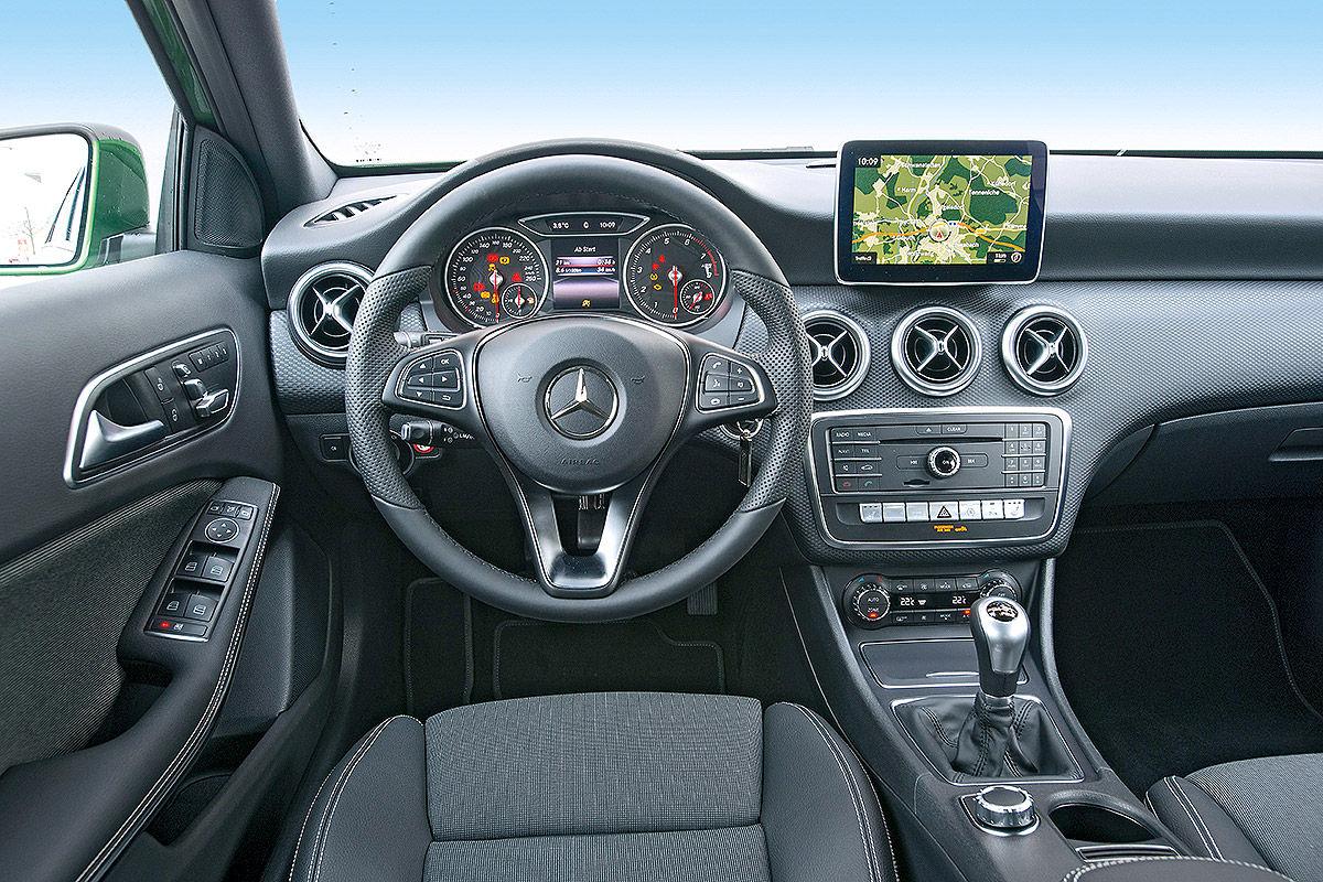 Mercedes a klasse 2018 idea di immagine auto for Interieur mercedes a klasse