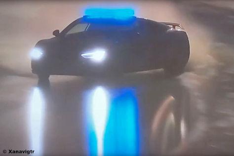 Le Mans: Audi R8 mit Safety-Car-Drift