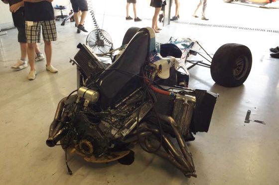 Deutscher zertrümmert Formel-1-Wagen