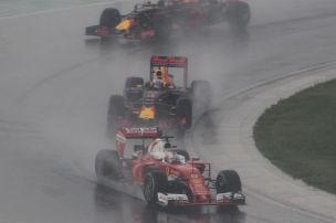 Formel 1: Ferrari nur noch Dritter