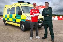 Vettel rast im Krankenwagen