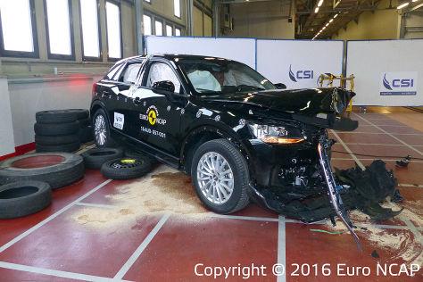 EuroNCAP Crashtest 2016: Scénic, Hilux, Levorg, Niro