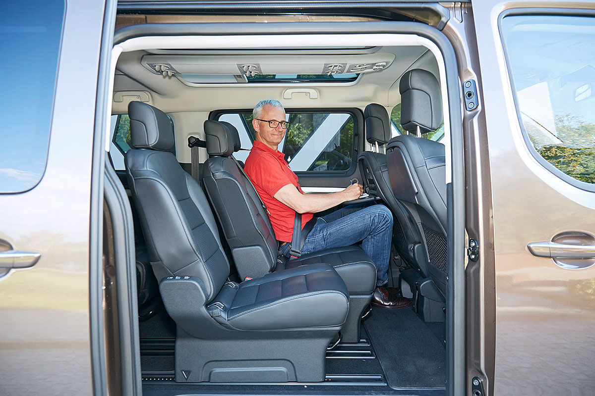 100 toyota proace verso toyota proace verso 2016 im test fahrbericht motoren preis toyota. Black Bedroom Furniture Sets. Home Design Ideas