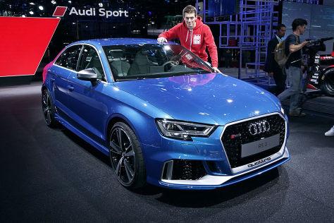 Audi RS 3 Facelift (2016): Sitzprobe