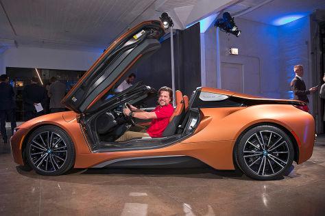 bmw i8 roadster 2018 test preis motor bilder. Black Bedroom Furniture Sets. Home Design Ideas