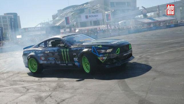 900 PS-Mustang im Driftmodus