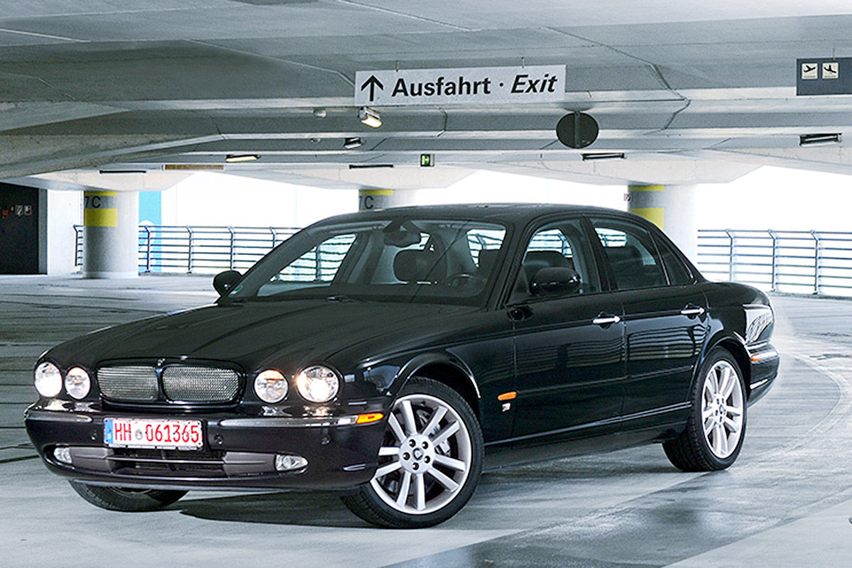 gebrauchtwagen test jaguar xjr bilder. Black Bedroom Furniture Sets. Home Design Ideas