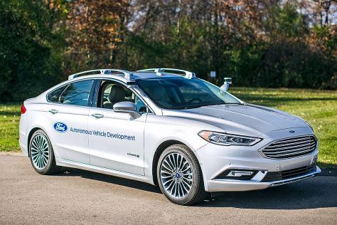 CES 2017: BMW i Inside Future