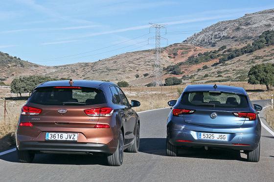 Hyundai i30 Opel Astra