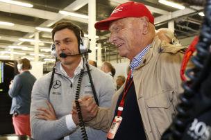 Mercedes: Lauda und Wolff bleiben