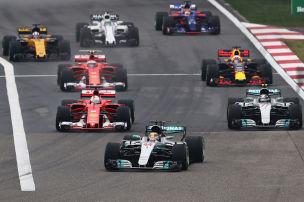 Hamilton siegt vor Vettel