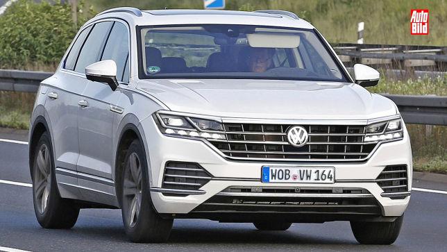 Nahezu ungetarnter VW Touareg Erlkönig gesichtet