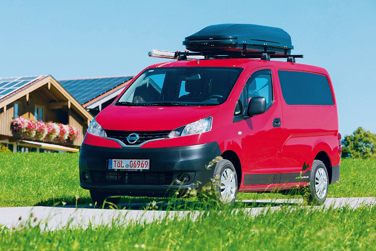 nissan nv200 alpincamper wohnmobil test bilder. Black Bedroom Furniture Sets. Home Design Ideas
