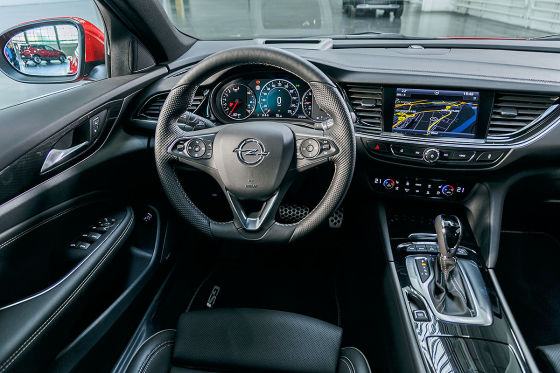 Opel Insignia GSi (2017): Test, 2018, Preis, Diesel, Kombi - autobild.de