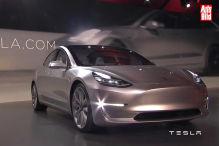 Erste Bilder des neuen Tesla