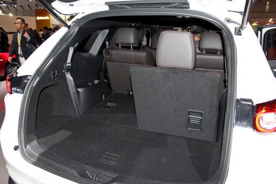 neue Bilder von Mazda CX-8 SUV geleaked
