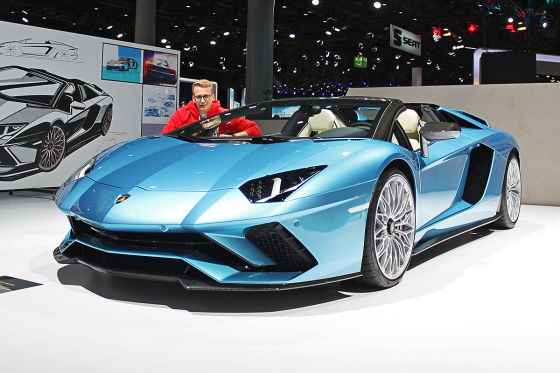 lamborghini aventador s roadster 2017 preis ps test. Black Bedroom Furniture Sets. Home Design Ideas