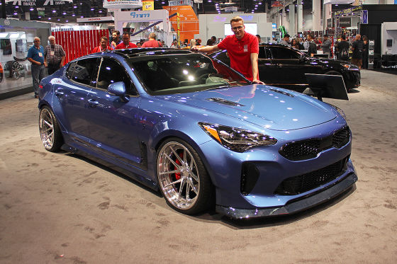 kia stinger west coast customs 2017 erster check. Black Bedroom Furniture Sets. Home Design Ideas