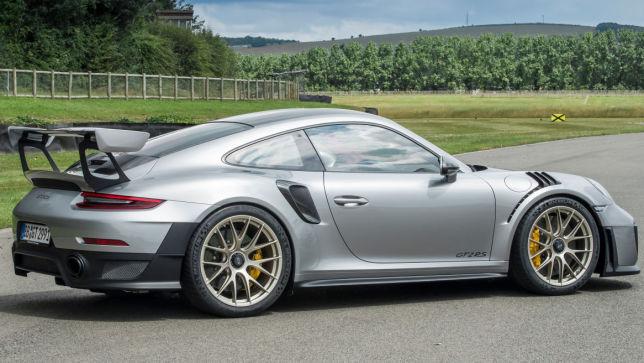 Porsche 911 GT2 RS (2017): Test, Preis, Weissach-Modell - autobild.de