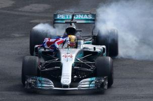 Hamilton schleicht zum vierten Titel