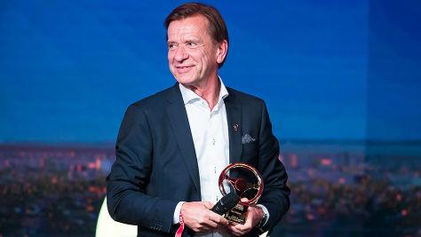 Goldenes Ehrenlenkrad für Håkan Samuelsson