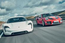 Porsche 911 GT 2 RS/Porsche Mission E: Vergleich