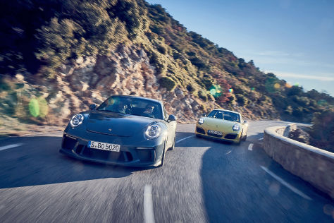 Porsche 911 GT3 Touring Porsche 911 T