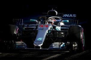 Red Bull erster Mercedes-Jäger