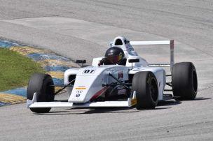 Barrichello jr. steigt in Formel 4 auf