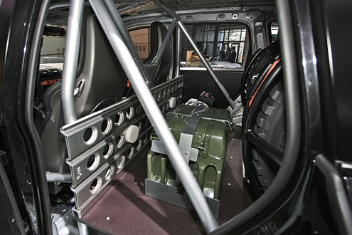 Safty First: Im Rallye-Cayenne sorgt ein Überrollkäfig für mehr Sicherheit.
