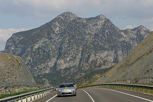 Grandios: die Kulisse der Pyrenäen.
