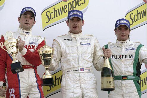 Sieger-Podest: Jörg Hardt, Richard Westbrook, Chris Mamerow, (v.l.).