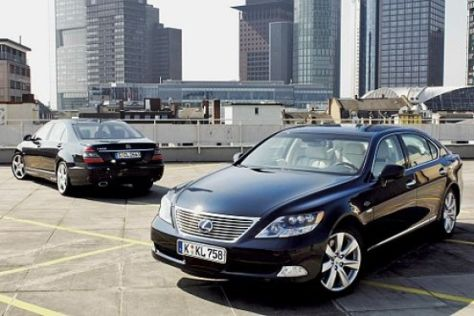 Lexus LS 600h L gegen Mercedes S 600
