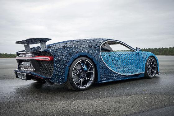 Erster fahrbarer Bugatti Chiron ganz aus Lego