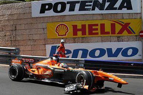 Adrian Sutil findet die Strecke gut, demolierte aber seinen Spyker.