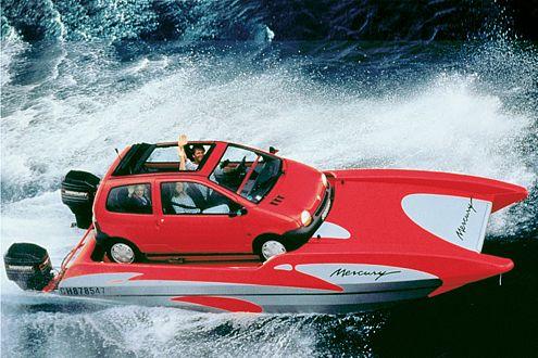Das Rennboot: der Twingo-Marine mit 150 PS aus zwei Außenbordern.