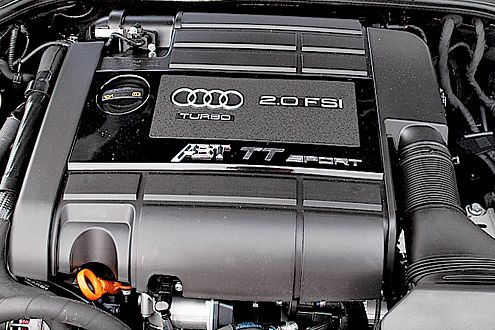 Kraftpaket: 300 PS und 370 Nm holt Abt aus dem Zweiliter-TFSI.