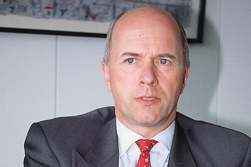 Carl-Peter Forster (GM Europe) plauderte aus dem Öko-Nähkästchen.