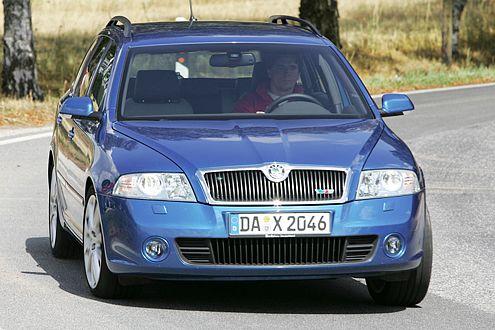 Die Diesel holen auf: Skoda Octavia RS TDI auf Rang vier.
