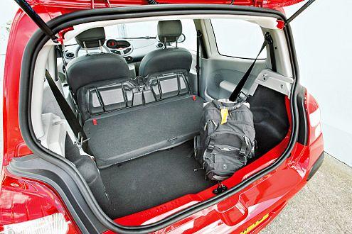 Lademeister: Die Twingo-Rücksitze lassen sich vielfältig variieren.