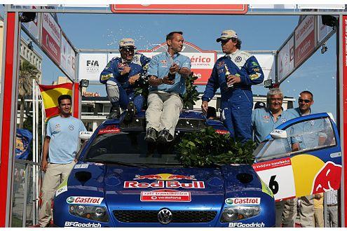 Titelverteidigung: Der Race Touareg siegt bei der Rallye Transibérico.