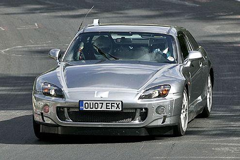 Japan-Power: 2010 betritt ein 550 PS starker Über-Honda die Sportler-Bühne.