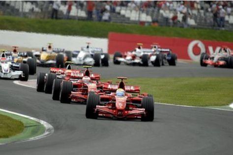 Formel 1: Ferrari-Doppelsieg in Magny-Cours