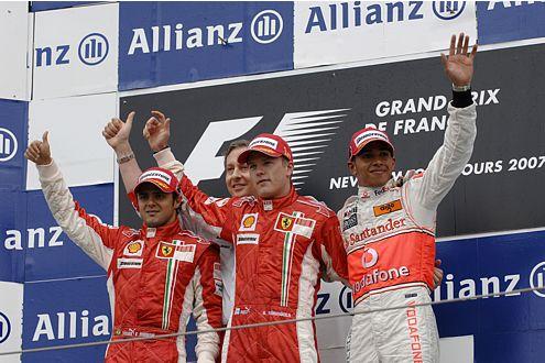 Lewis Hamilton: Im achten Rennen zum achten Mal auf dem Podium.