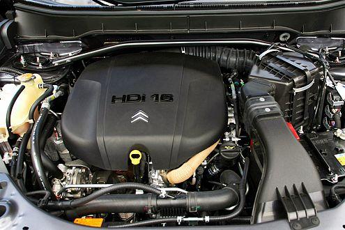 Der moderne Turbodiesel leistet putzmuntere 156 PS.